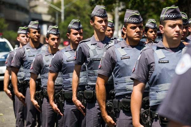Policiais Militares terão que usar uniformes personalizados com nomes em dias de protesto.